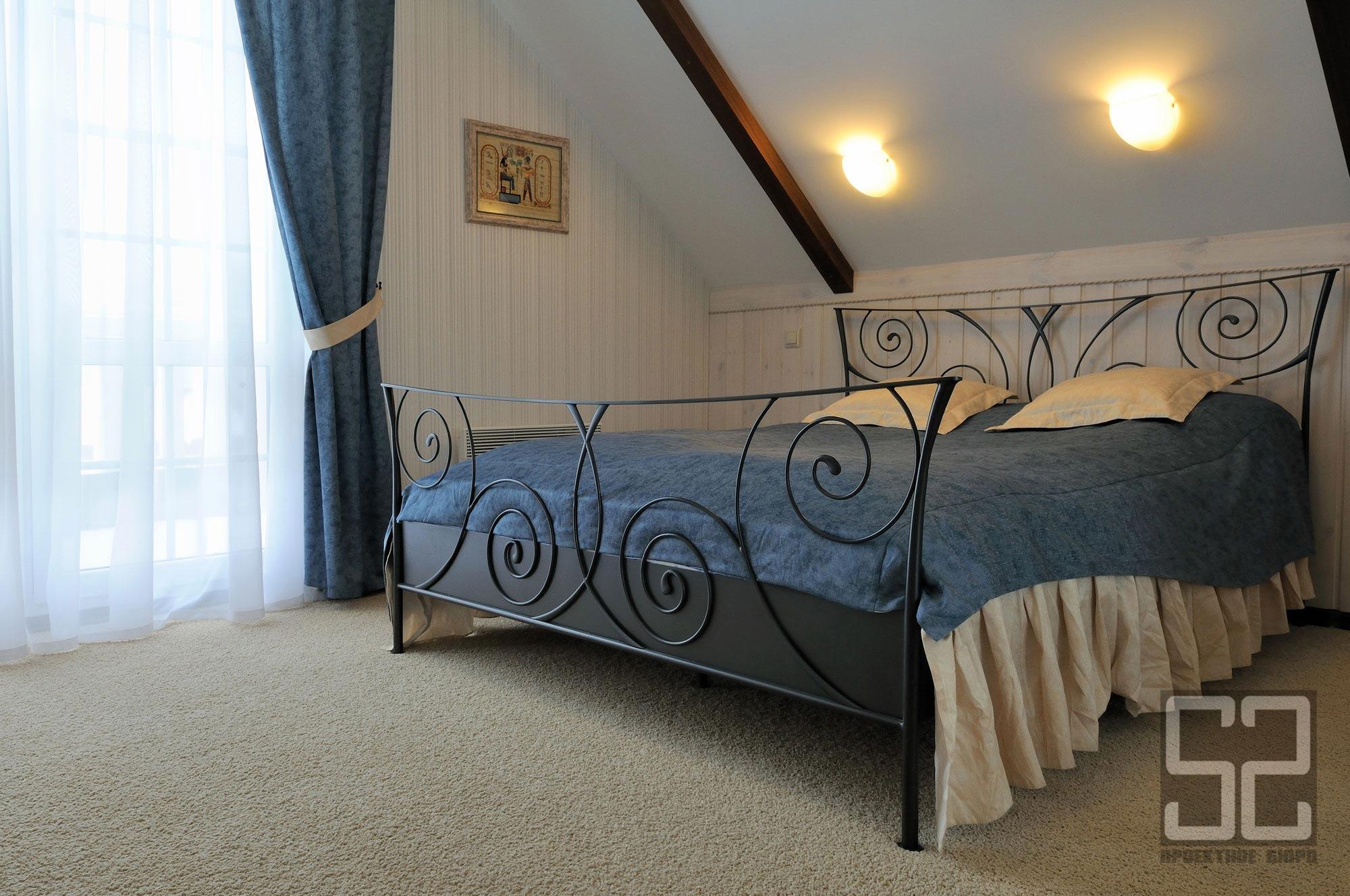 дизайн интерьера спальной в загородном доме фото