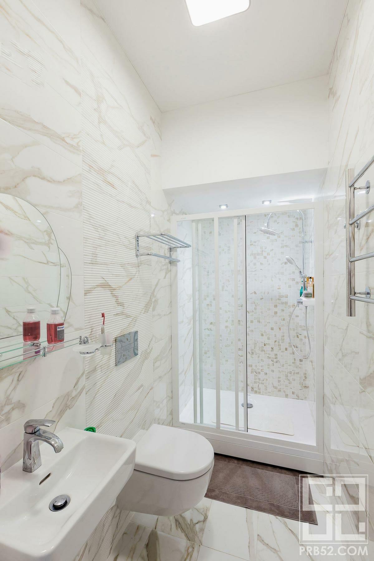 дизайн интерьера ванной комнаты с душевой фото